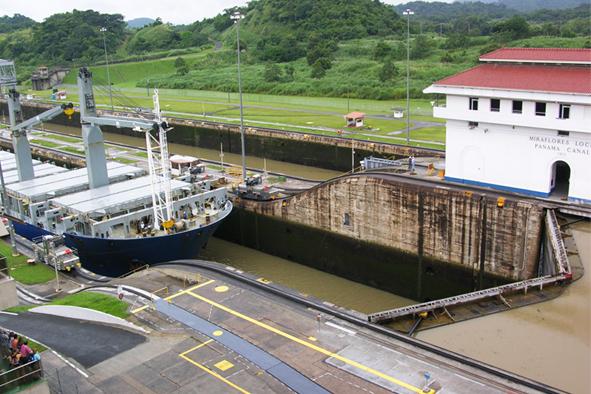 canal panamá.jpg