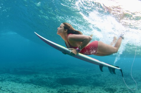 do surf 5 surfistas brasileiras claudinha gonçalves.jpg