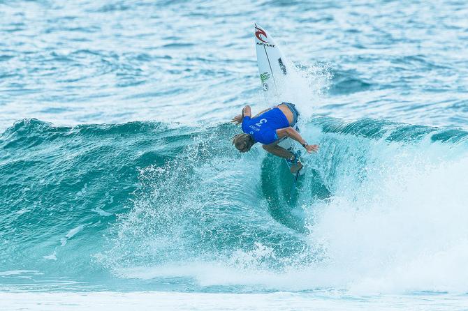 Foto 2 - Do Surf:Owen volta ao WSL e de cara já fatura o Quiksilver Gold Coast Pro.jpg